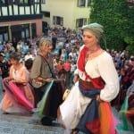Mittelalterliche Winzertage im Rebland